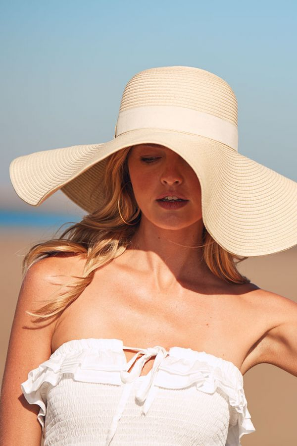 Natural Straw Wide Brim Hat