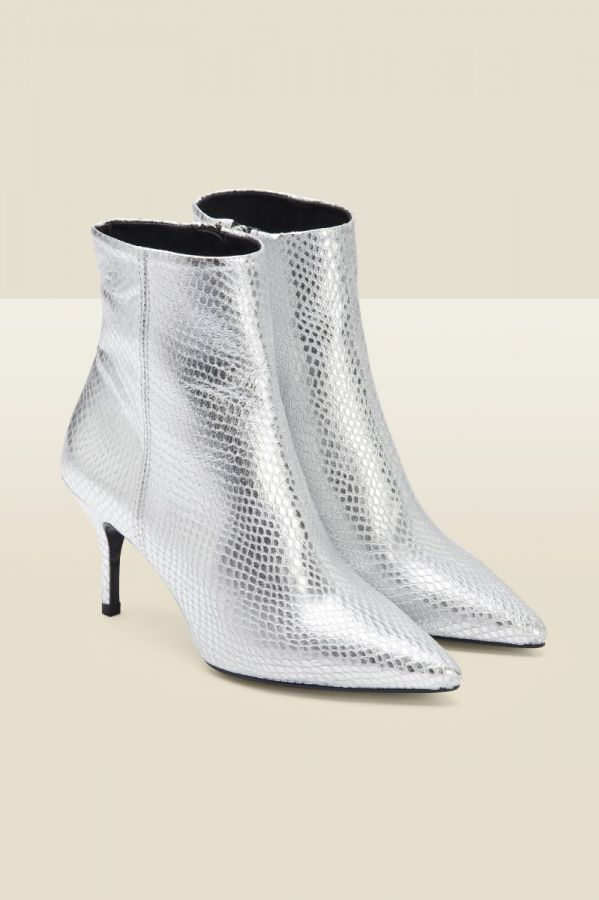 Amour Silver Snake Point Ankle Boot