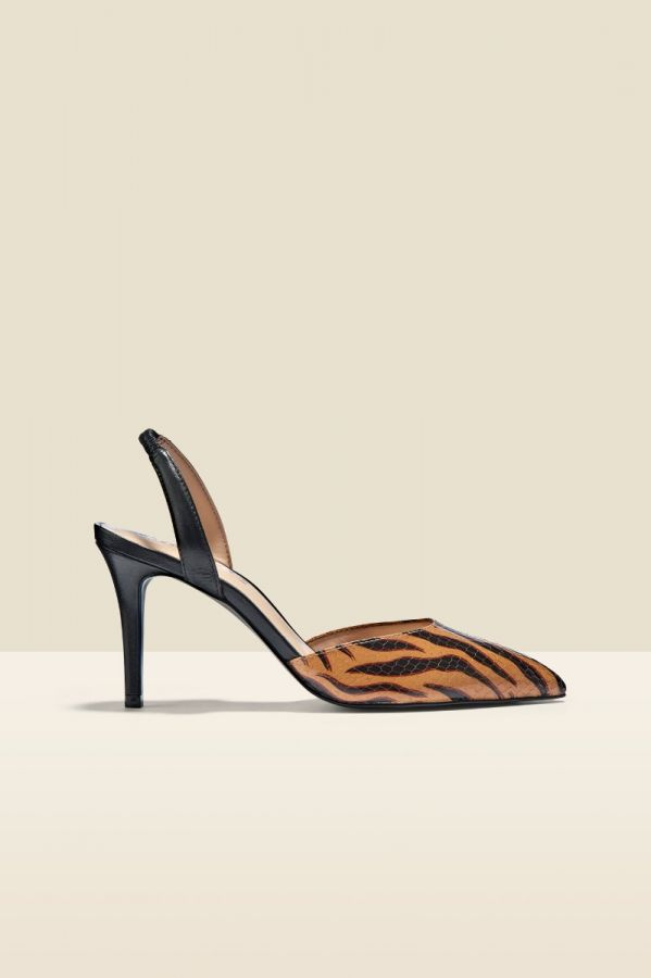 Ciara Tiger Flame Leather Court Shoe