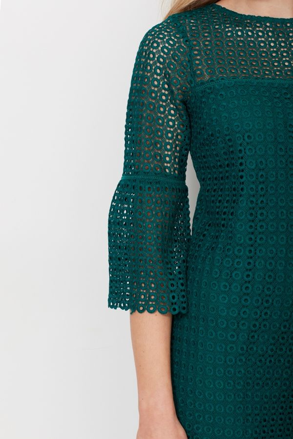 Green Lace Flute Sleeve Shift Dress