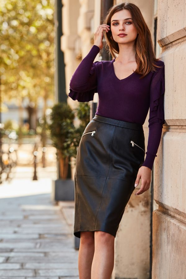 Plum Frill Shoulder Fine Knit Jumper