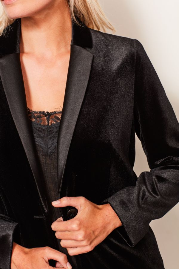 Black Velvet Relaxed Fit Blazer