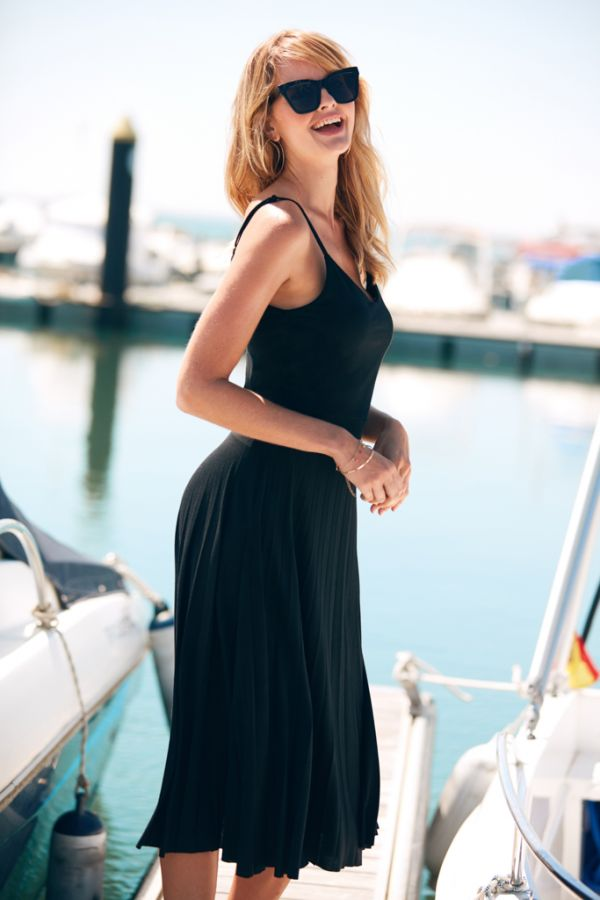 Black Jersey Midi Pleated Dress