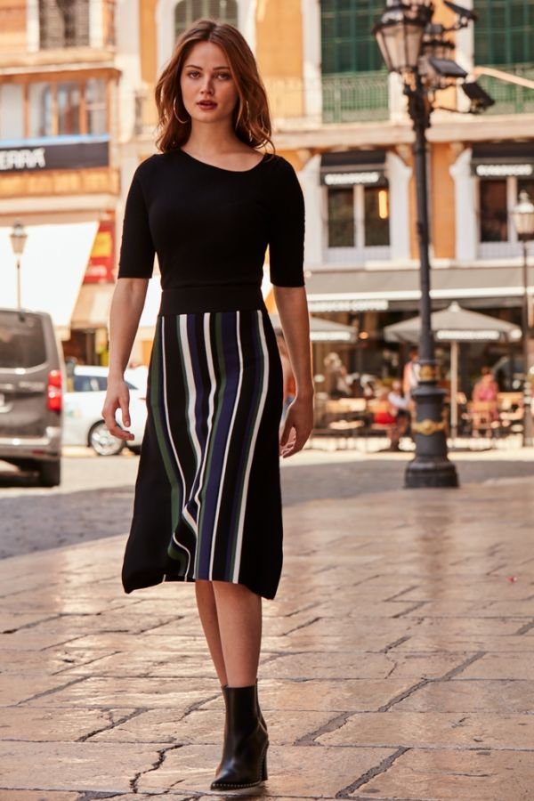 Black Co Ord Striped Knitted Skirt 8
