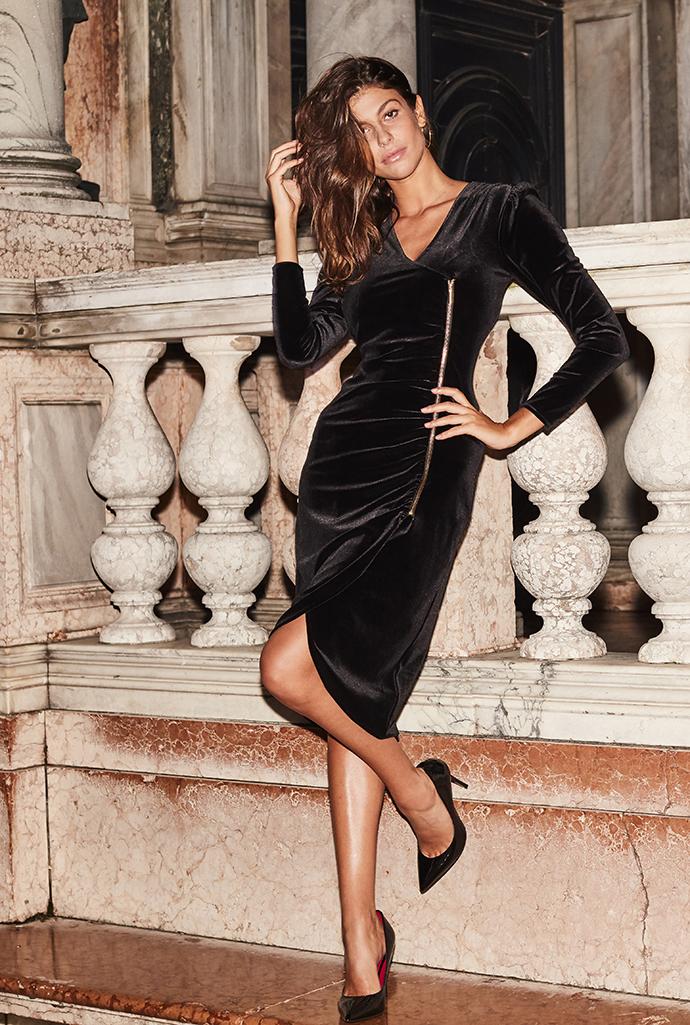 The Hottest Dresses Around >