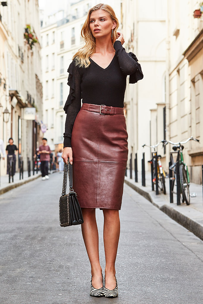 The Skirt Your Wardrobe Needs >
